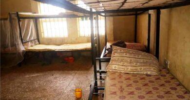 Nigeria: uzbrojeni bandyci uprowadzili w nocy z internatu 317 uczennic